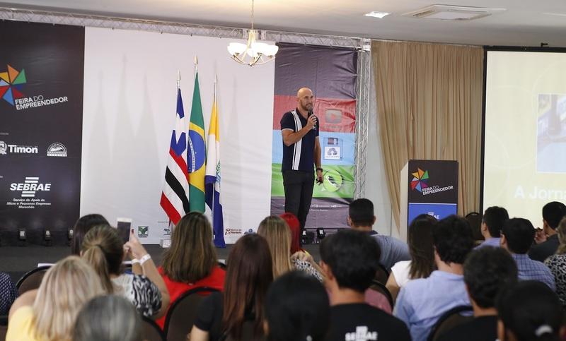 O campeão olímpico de vôlei e Embaixador do Esporte pelo Banco do Brasil, Nalbert Bittencourt destacou cinco características da vitória em sua palestra  Jornada de um Líder.